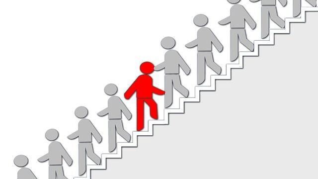 就活がうまくいかない学生とは逆の行動を取る理系就活生