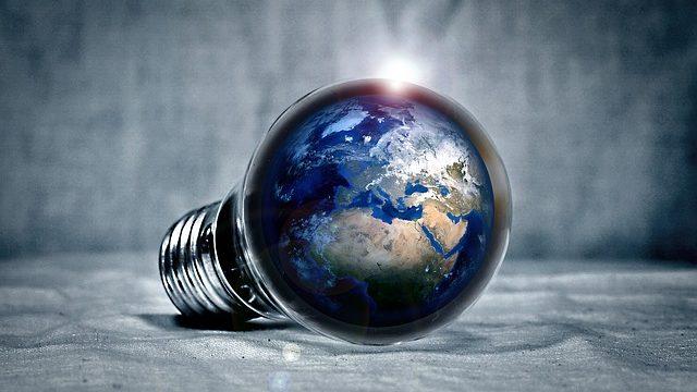 就活に軸に「海外挑戦」を掲げる就活生の脳内イメージ