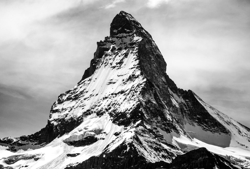 旧帝大のレベルの高さを示す山々