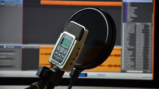 高機能な録音機(ボイスレコーダー)