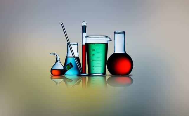 研究に使用される各種実験器具
